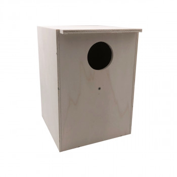 Nest box for large parakeets
