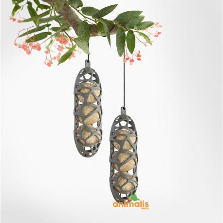 2 Supports pour les boules de graisses et matériaux de nidification